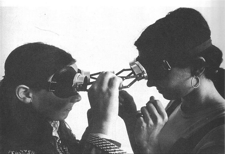 Lygia Clark Dialogue Goggles 1968